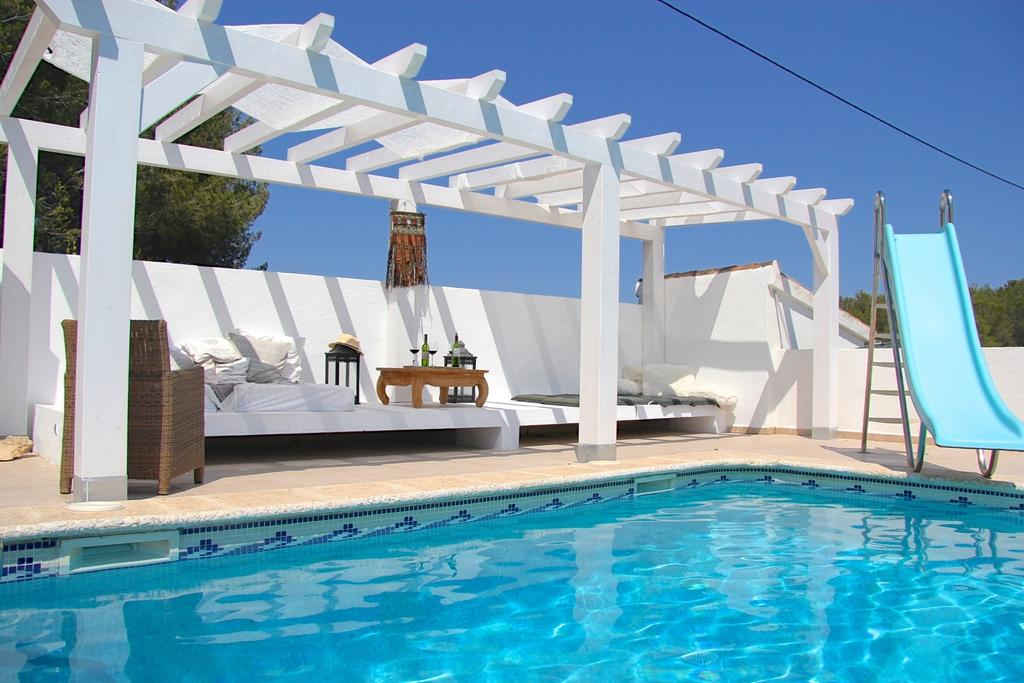 Outdoor Pool and Pergola