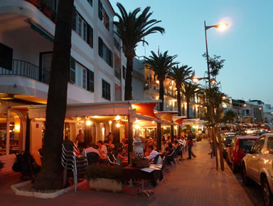 Menorca Strets and Restaurants