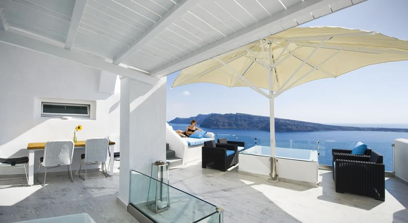 Hyperion Oia Suites